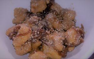 Gnocchi di miglio e zucca con cipolla caramellata