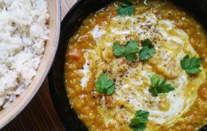 Dahl di lenticchie e zucca con riso basmati integrale