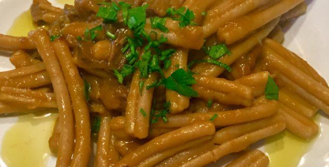 Maccheroni alla crema di zucca e funghi porcini